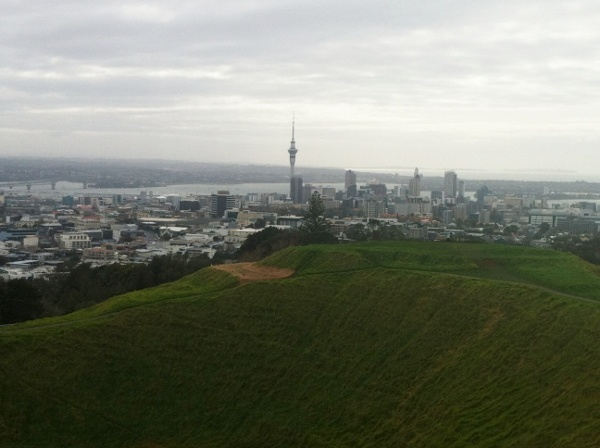 """Must-to activity when visiting Auckland; """"A Volcano With a View: Climbing Mount Eden"""""""