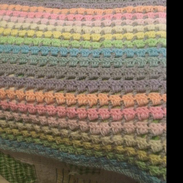 Vintage Rainbow Gehaakte Baby Deken Kit De Ideale Handmade Etsy In 2020 Crochet For Beginners Blanket Crochet Blanket Kit Crochet Patterns Free Blanket
