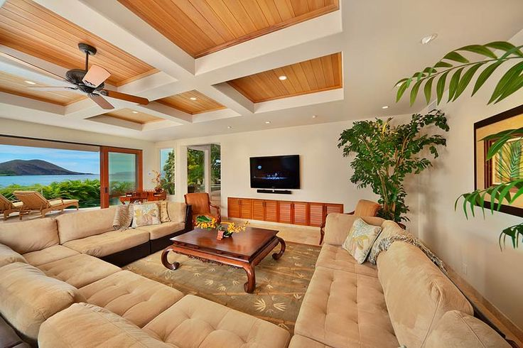 another tropical living room