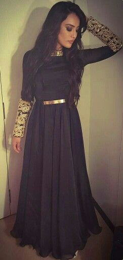 email sajsacouture@gmail.com for this black and gold piece. can be done in any colour and size