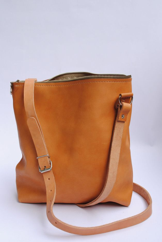 Umhängetasche aus Leder // Brown leather bag by june-shop via DaWanda.com