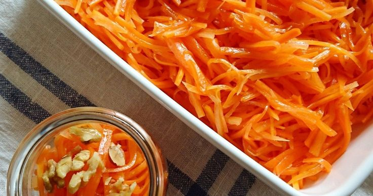 我が家の大人気キャロットラペ♥ たくさん作っていつも冷蔵庫にストックしてます。 千切りにして、簡単なほんのひと手間で、カフェのサラダのようになります❗ ストックしておけば、いろいろアレンジも楽しめる1品です😋