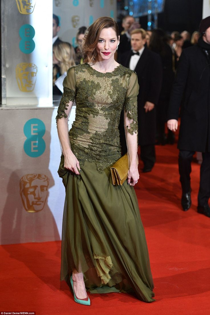 Sienna Guillory wore a shade of green often used in 1970s bathrooms...