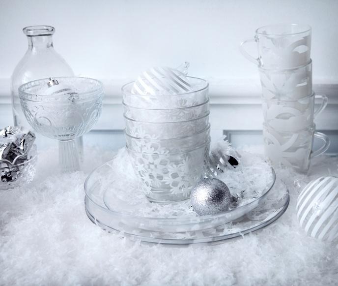 Φέτος τα Χριστούγεννα το χιόνι μας δίνει έμπνευση για να στρώσουμε το γιορτινό τραπέζι!