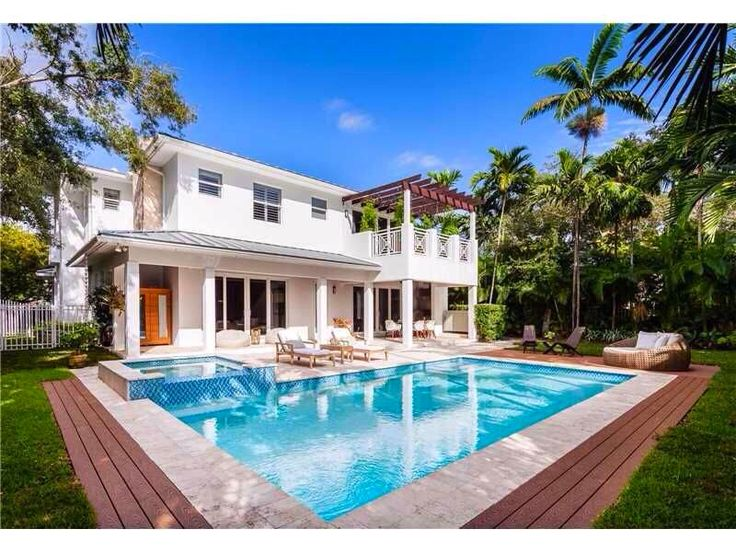 If swimming isn't your choice, how about a nice cold Martini? | Location: Venice, California | Listing: https://www.properbuz.com/view-details?property-id=5-bedroom-house-for-sale-5788-sw-77-ter~62765  #properbuz #californiarealestate #californiarealestateagent #venice #venicerealestate #houseforsale #realestate #freelisting