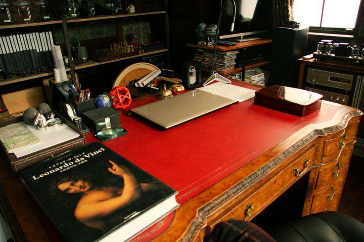 IQ246 ~華麗なる事件簿~ #IQ246 #IQ246華麗なる事件簿 #TBS #織田裕二 #土屋太鳳 #ディーンフジオカ #ドラマ #デスク #interior #desk #deskdecor #luxury #luxurydesign #antiquestyle #ideas #inspiration