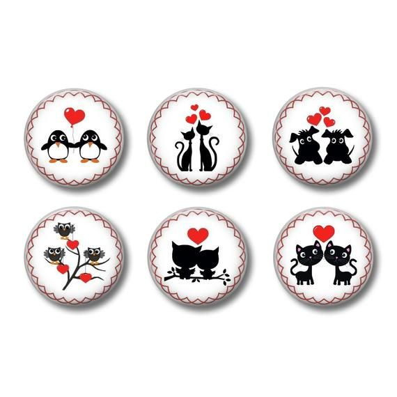 to paste valentine round Cabochons resin 20 or 25 mm to choose from LOVE 01 love,heart