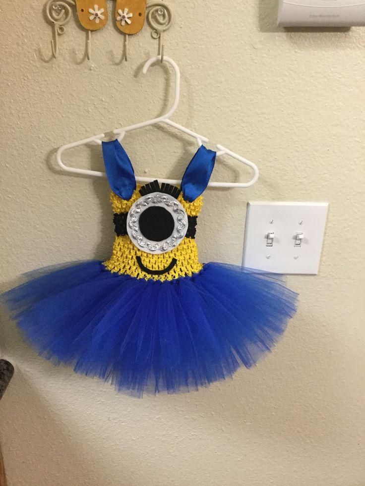 Custom Minion tutu dress by Crafting Princesses. DIY minion tutu dress, youtube tutorial. Minion costume
