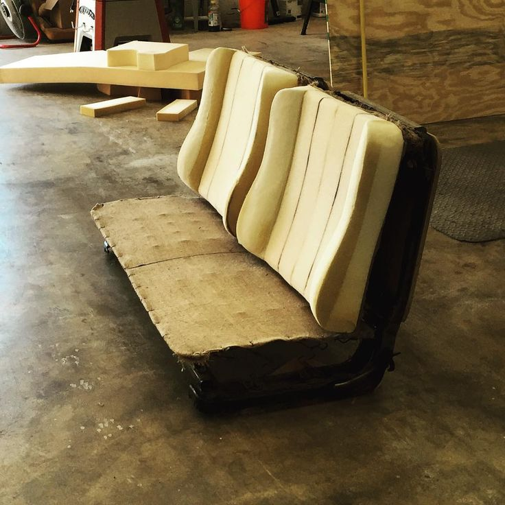 building a giant bench seat dart benchbucket springs and foam buxseats buxcustoms. Black Bedroom Furniture Sets. Home Design Ideas