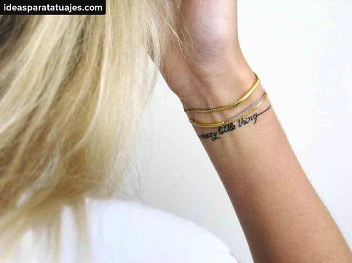 Los 30 mejores tatuajes de brazaletes en el cuerpo | Ideas para Tatuajes