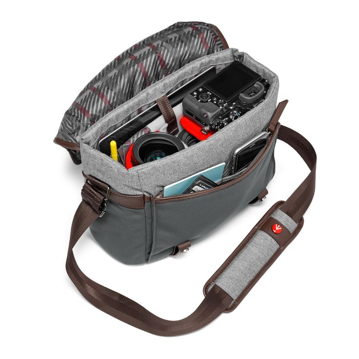 Manfrotto Windsor Messenger S. Everyday photography with comfort. http://bit.ly/2dZiYE9.