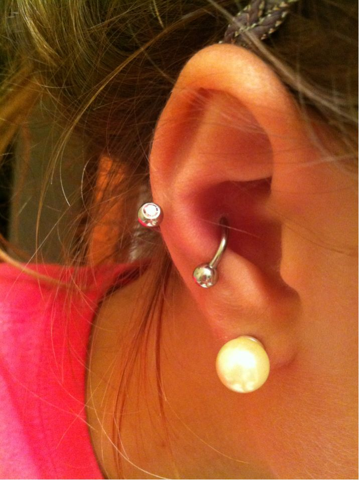 Spiral jewelry in a conch piercing. Too cute. The bar I have now is super annoying. Definitely getting this.
