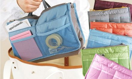 Cet organisateur de sacs doté de 12 compartiments a été conçu pour disposer toutes ses affaires dans des poches séparées