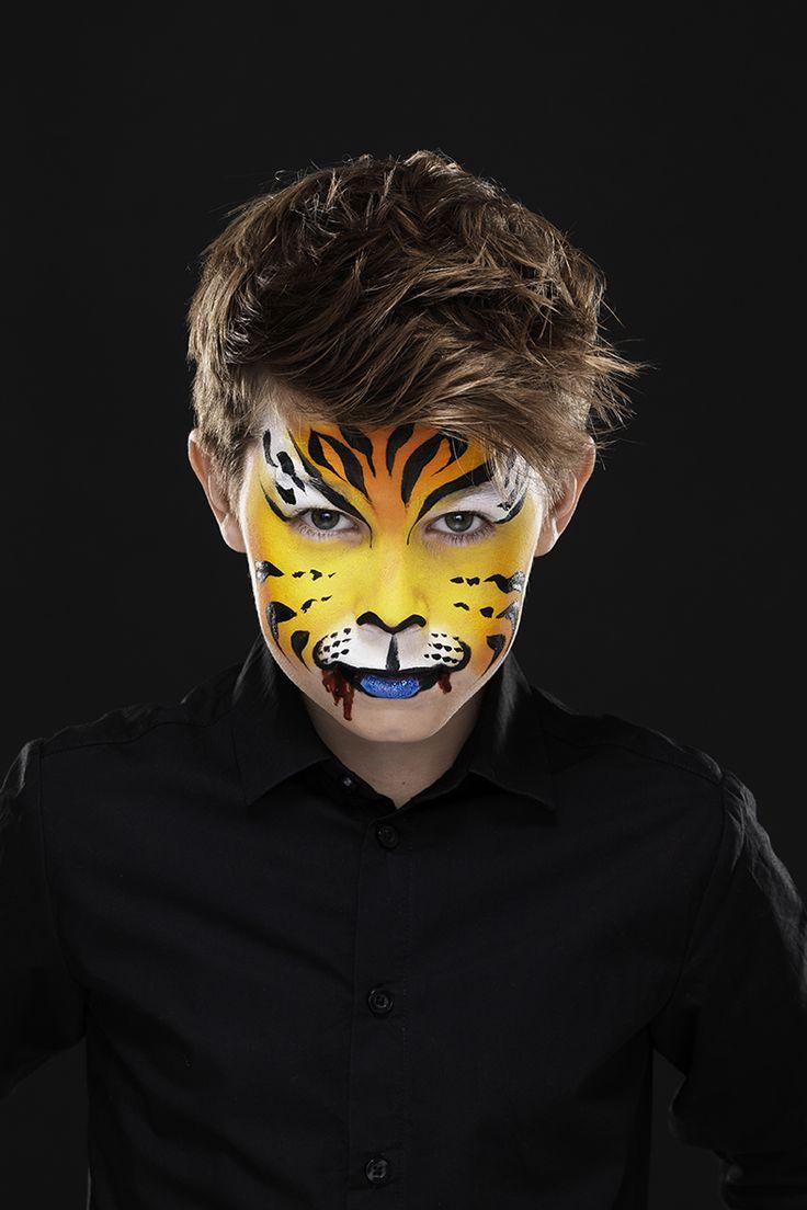 Cool Tiger www.pandurohobby.com Masquerade by Panduro #DIY #face #paint #dressup #dress #facepaint #masquerade #tiger #fastelavn