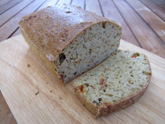 Aszalt paradicsomos- bazsalikomos kenyér