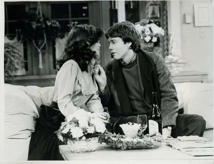 "Valerie Bertinelli Boyd Gaines One Day At A Time Original 7x9"" Photo #Z998"