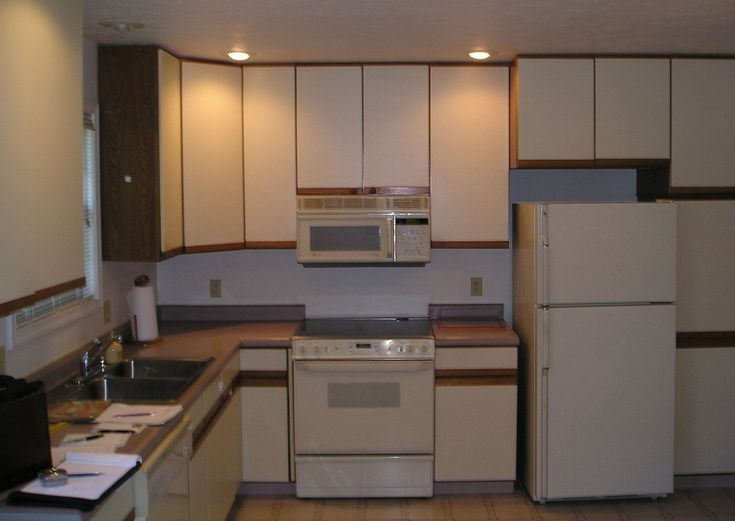 Particle Board Kitchen Cabinets Makeover, Can I Paint Particle Board Kitchen Cabinets