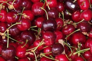 Como congelar cerejas frescas com caroço
