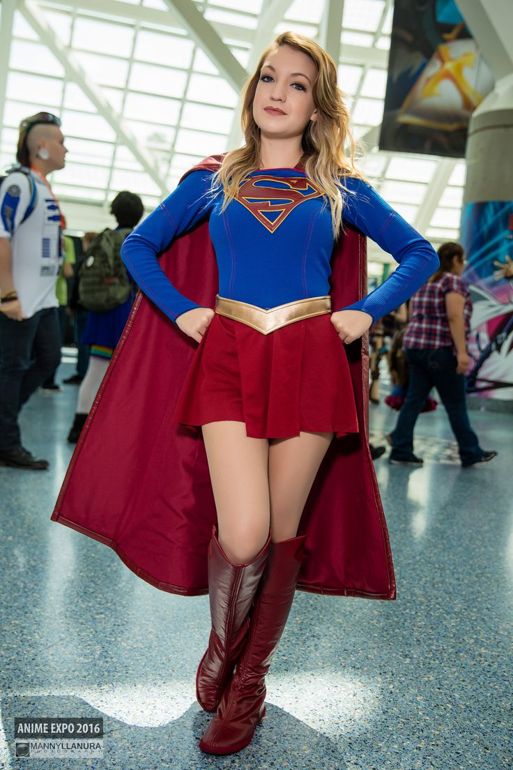 Supergirl Cosplay | Anime Expo 2016