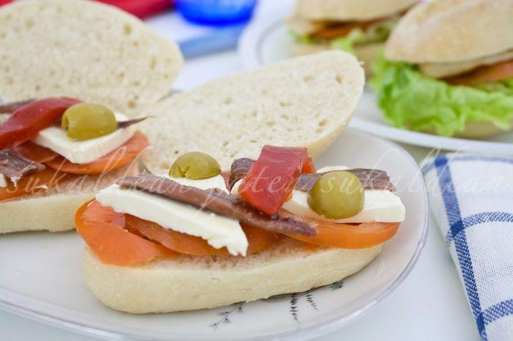 e-cocinablog: bocadillo de anchoas y tomate