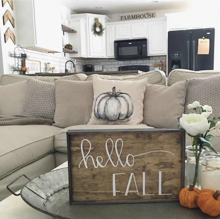 Farmhouse fall decor138 best Fall Decorations images on Pinterest   Fall  Flowers and Home. Fall Living Room Decor. Home Design Ideas