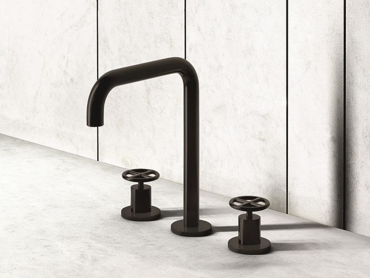 FONTANE BIANCHE 3 hole washbasin tap Fontane Bianche Collection by Fantini Rubinetti design Elisa Ossino