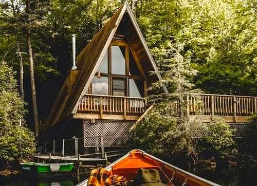 12 Cheap Cottages You Need To Rent In Alberta This Summer