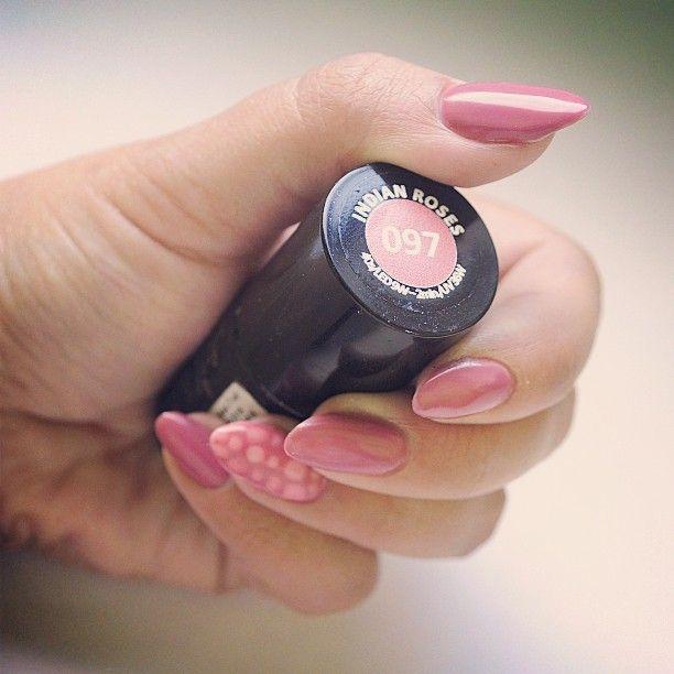 #paznokcie #manicure #hybrydy #inspiracje #nails #patamaluje #patabloguje #nailsart #semilac #hybrid #snakeskin #indianroses #ilovesemilac #diamondcosmetics #pink #bubbles #dots #manicure #mani #nails #lacquer #uv #hard #top #base #cosmetics