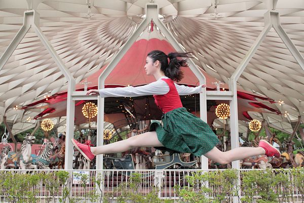 """Natsumi Hayashi photographs mainly levitating self-portraits. Yowayowa is a Japanese term meaning """"weak"""" or """"feeble."""""""