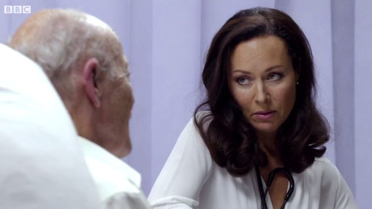 Casualty (29/23) Connie Beauchamp (Amanda Mealing)