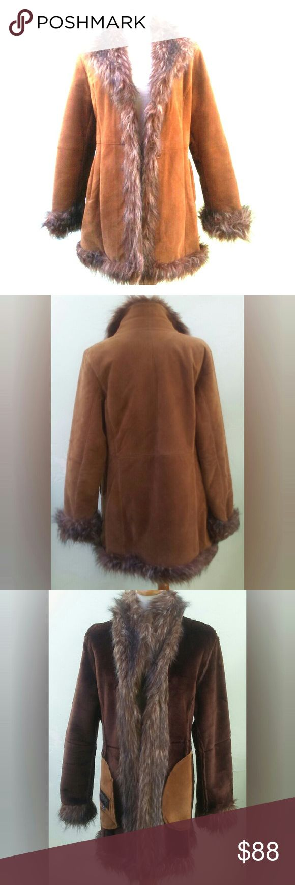 """Vintage 70s real Suede Boho Faux fur collar trim This rich retro 70s style soft suede jacket is made for this season with luxurious chocolate faux fur inside, deep suede pockets and fuzzy brown faux fur on collar and trim. Has one button closure or can be left open Made by Wilson Leather size medium See minor fur damage shown in photo on bottom trim. Not noticeable unless inspected. Very """"Almost Famous"""" hippie rocker chic...a classic trending again! Perfect Fall or winter coat. Wilsons…"""