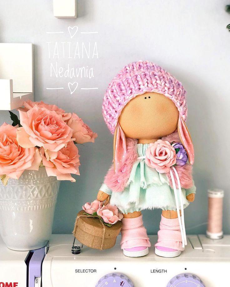 Ушастики вернулись Кому наборчик такой? 1 свободен . . __________________________________________ #tatiananedavnia #tilda #wedding #pink #pillow #МК #decor #fabrik #handmad #knitting #love #cotton #baby #кукла #шитье #выставка #шеббишик #пупс #платье #подарок #праздник #работа #ручнаяработа #сделайсам #своимируками #ткань #тильда #интерьер #интерьернаяигрушка #интерьернаякукла
