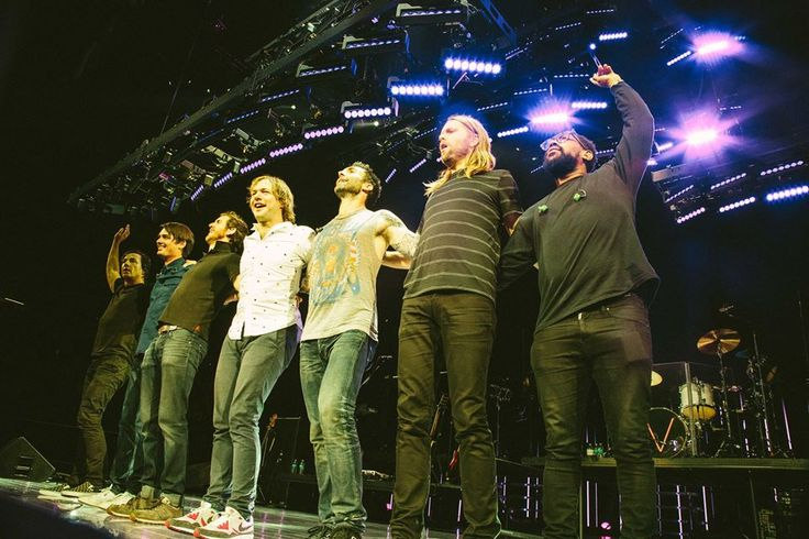Maroon 5  photos by Travis Schneider