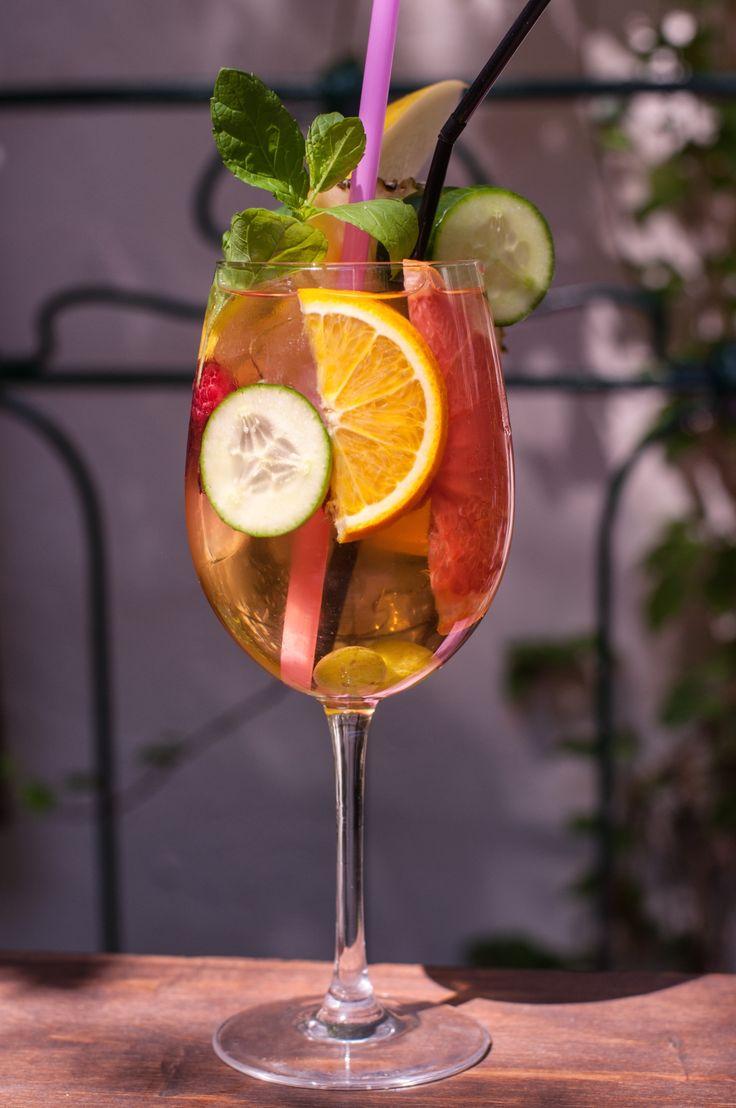 #spritzer #white #wine #fruits