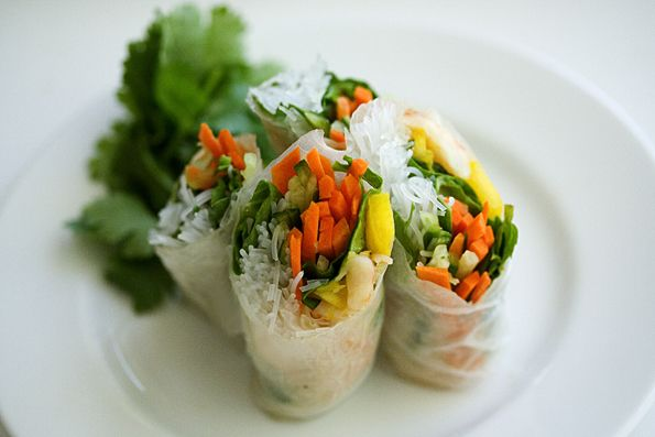 Vietnamese Summer Rolls with Cashew Butter Dipping Sauce by steamykitchen #Summer_Rolls #Vietnamese #steamykitchen