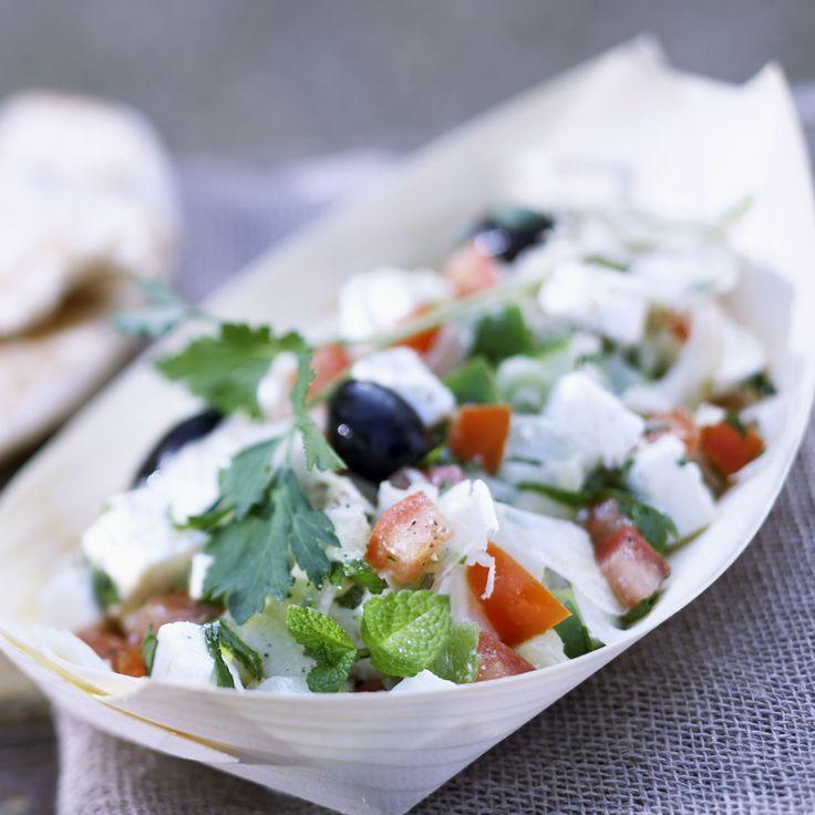 Découvrez la recette de la salade de tomates et feta