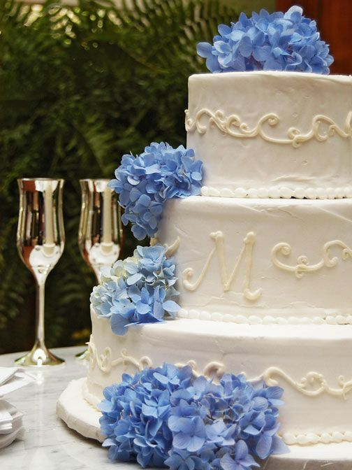 blue hydrangea wedding cakes best 25 hydrangea wedding cakes ideas on 11991