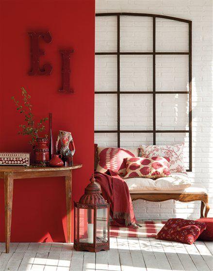 Ambiente con pared roja