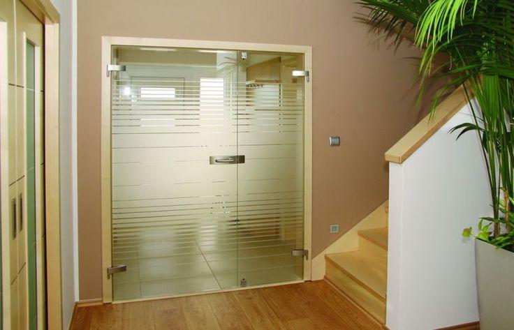 Otočné dveře celoskleněné- různé druhy. Více nahttp://www.dodo-dvere.cz/cz/k/Skla-a-vitraze.aspx