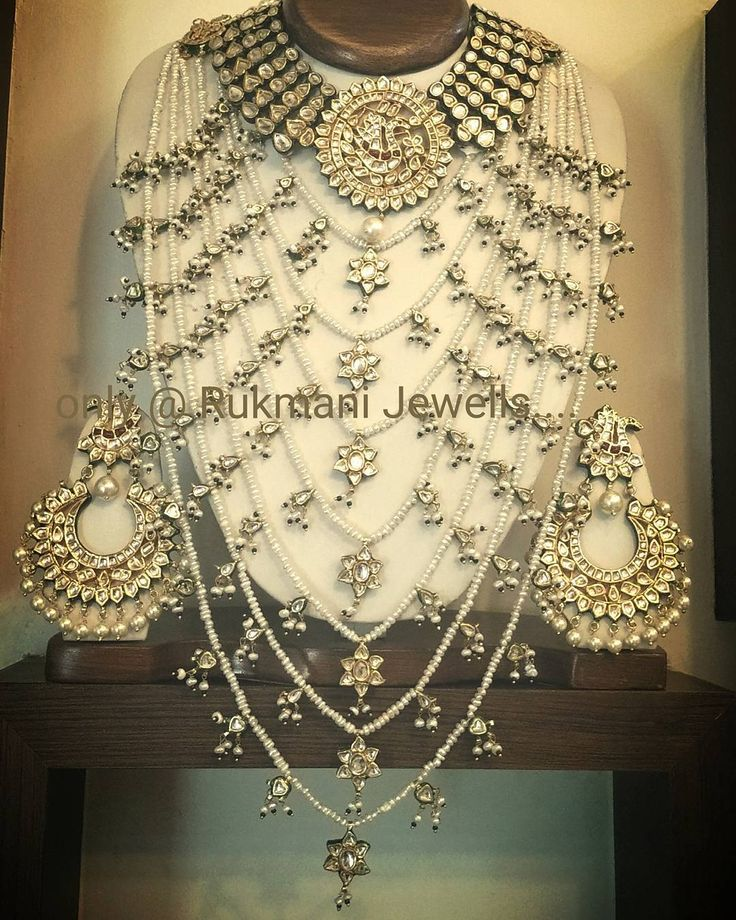 For more details or enquiry pls call or whats app on 91-9327027130 or e-mail: rukmani36@hotmail.com #meenakari #bikaneri #jewellery #jewelry #statementnecklace #fine #high #highsociety #classic #beadedjewelry #indianbrides #traditional #indiantraditional #red #royal #heritage #rajasthani #kundan #aadh #pearls by rkjewelsrukmani