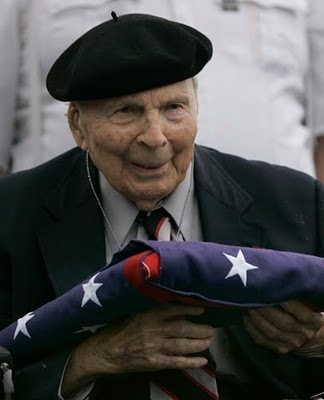 Frank Buckles, last living U.S. WWI vet, Feb. 27, 2011 age110.