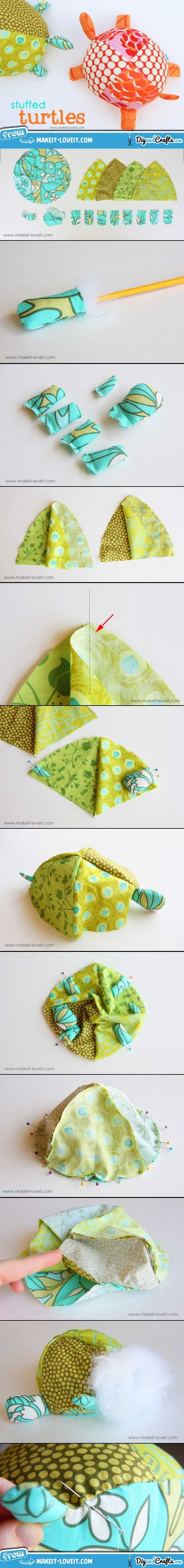 Stuffed Fabric Turtles (with pattern pieces)   #DIY and #crafts