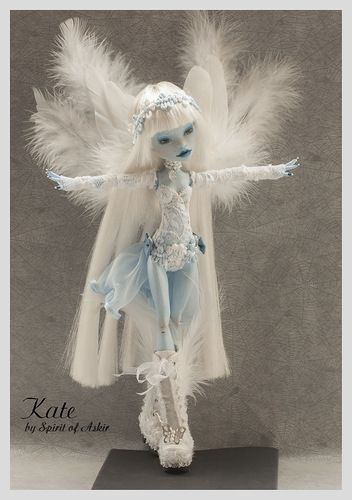 *KATE* OOAK Monster High custom ABBEY repaint  outfit by `Spirit of Askir´