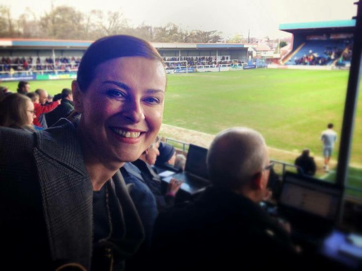 Lisa Stansfield at Rochdale FC photo via..Gary Hulmes.. https://www.facebook.com/photo.php?fbid=240667069445805&set=gm.10151794382066116&type=1&theater