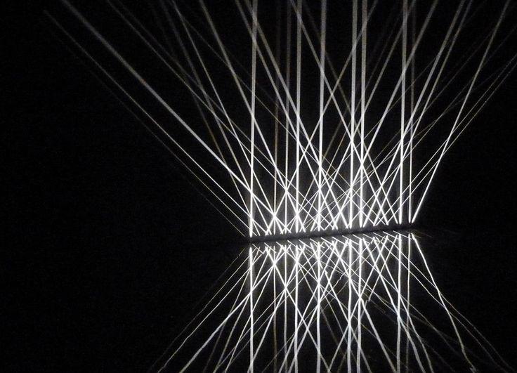 Julio Le Parc, Lumière alternée, 1966, Installation lumineuse, dimensions variables, collection particulière