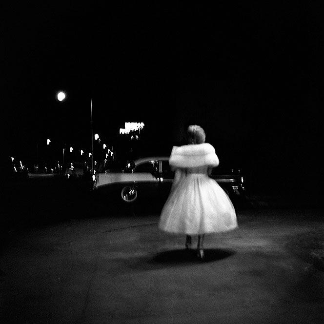 this photograph - brilliant: Photographers, Photos, Art, Vivian Maier, White, Black, Street Photography, Vivianmaier