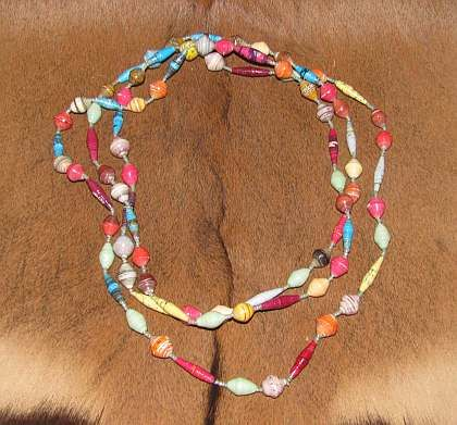 http://www.africancraftsmarket.com/African-beads-necklace.jpg