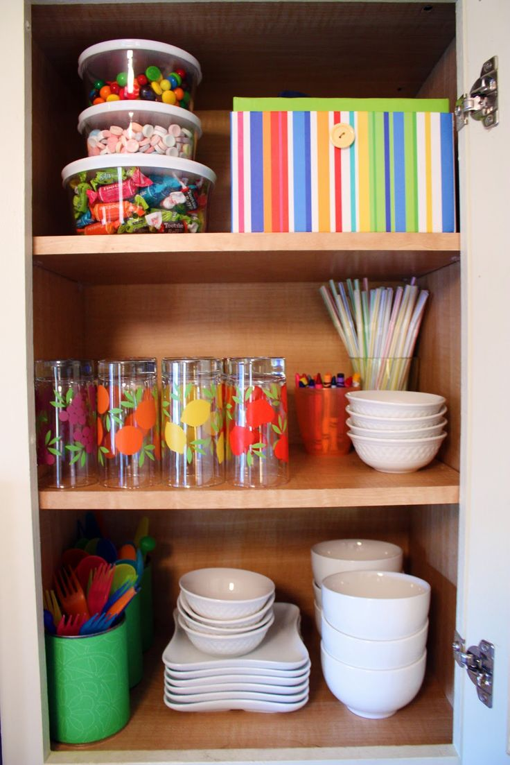 Organize your kitchen cabinets drawers - Children S Cabinet So That They Can Reach Their Own Plates And Glasses Note That Kitchen Organizationorganizationorganized