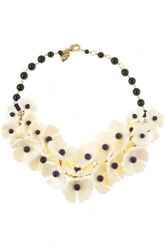 Love this for a statement necklace #TattyDevineOFW