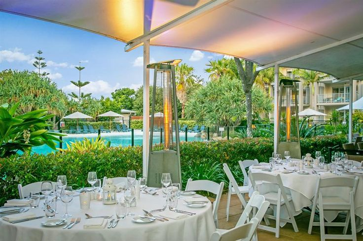 Peppers Salt Resort & Spa - poolside function